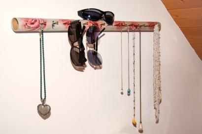 Jasna`s Kreativ-Werkstatt: Schmuckhalterung aus Papprolle