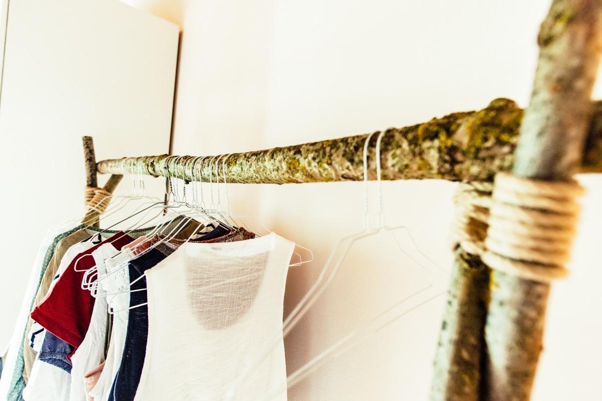 Jasna`s Kreativ-Werkstatt: Kleiderstange aus Ästen
