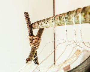 Jasna`s Kreativ-Werkstatt: Kleiderstange aus Aesten